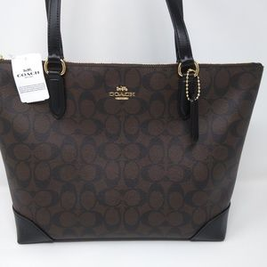 NWT Coach Signature zip tote F29208.